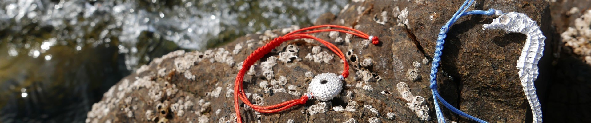 Bracelets | Pitiua.com